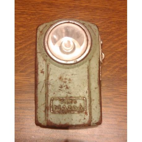 Ancienne pile métal armée de poche verte MAZDA