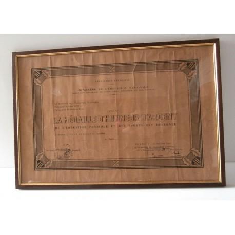 Collection!Ancien cadre médaille d´honneur d´argent de l´éducation physique et des sports 1947 ministère éducation nationale