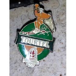 Ancien pin's collection tourtel 02 + attache métal