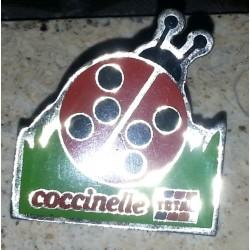 Ancien pin's collection coccinelle + attache métal
