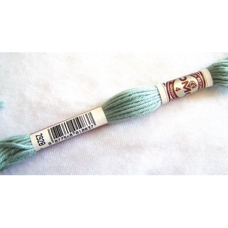 Fil échevette coton retors DMC qualité n°4 VERT GRIS 2928 canevas broderie