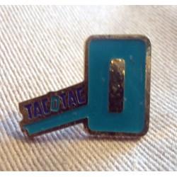 Pin's collection publicitaire TACOTAC VERT sans attache