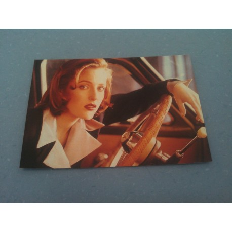 Carte Postale de Star - People - Gillian Anderson- Neuve
