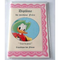 Carte postale double avec enveloppe humour DONALD Diplôme du meilleur frère neuve
