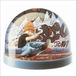 Boule de neige skarla idée déco cadeau collection neuf