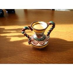 ancien petit vase pot st jean de bretagne signé 1758 MC barbotine