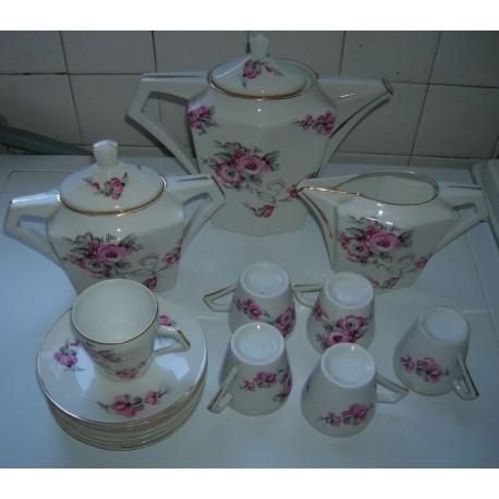 service a café ou thé barbotine porcelaine doré a l'or fin tbe fleuries roses