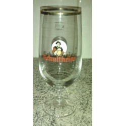 "collection verre a biere "" SCHULTHEISS"" 25 cl rebord doré tbe"