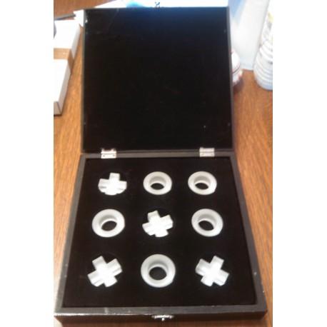 Collection jeu de morpion dans coffret bois noir avec miroir pieces en verres