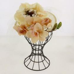 Chapeau bibi embelie par une grande fleurs et voilette cérémonie mariage bapteme anniversaire communion plage neuf