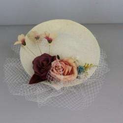 Chapeau de cérémonie paré ravissante fleur et violette femme mariage bapteme anniversaire communion plage neuf