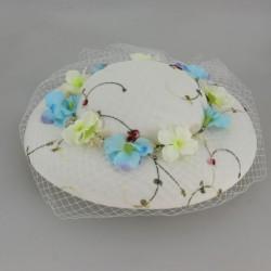 Chapeau de cérémonie avec décoration fleurs et violette femme demoiselle d'honneur mariage baptême communion neuf