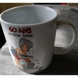 Tasse mug femme 60 ans en pleine forme idée cadeau anniversaire retraite fête neuve