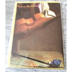 Carte postale avec enveloppe collection BOYER contrebasse,partition et épée 1693 neuve