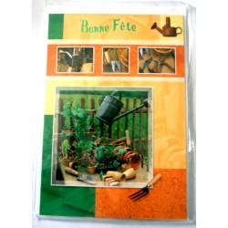 Carte postale double avec enveloppe bonne fête jardinier divers objets neuve