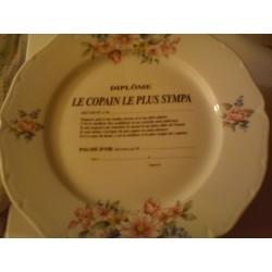 """Assiette déco porcelaine """" diplôme le copain le plus sympa """" idée cadeau original neuve"""