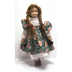 Collection !! Ancienne poupée de collection rousse aux yeux vert numérotée 2063 robe verte deco fruits