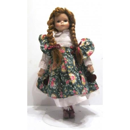 Ancienne poupée de collection rousse aux yeux vert numérotée 2063 robe verte deco fruits
