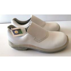 Paires de chaussures de sécurité professionnel cuisine sanitaire renforcé taille 41 blanche marque MTS CAMBRELLE + FRANCE