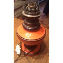 Ancienne lampe a pétrole modifié en lampe de chevet électrifiée céramique France N°3152