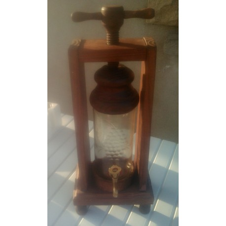 Ancien distributeur a liqueur verre contour bois robinet laiton