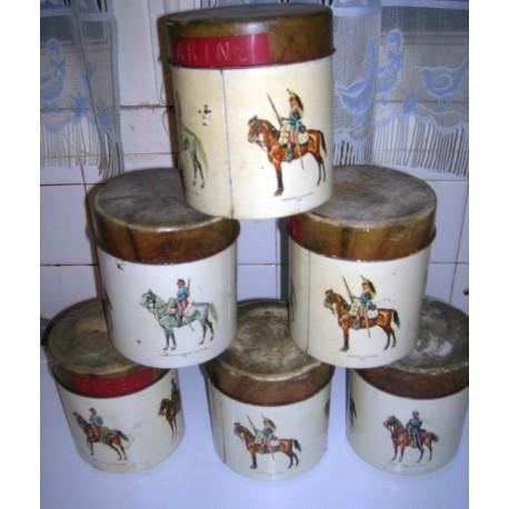 Lot de 6 anciennes boite métal collection cavalier déco cuisine ...