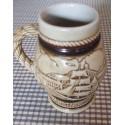 ANCIEN pichet avec anse céramique AVON brésil 1982