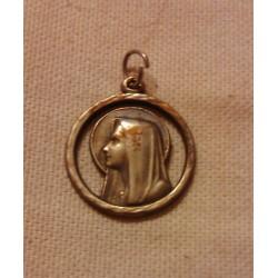 Collection !! ancien médaillon religieux Italie métal argent ??
