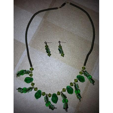 vintage !! ensemble lot collier + boucles d'oreilles perles vertes